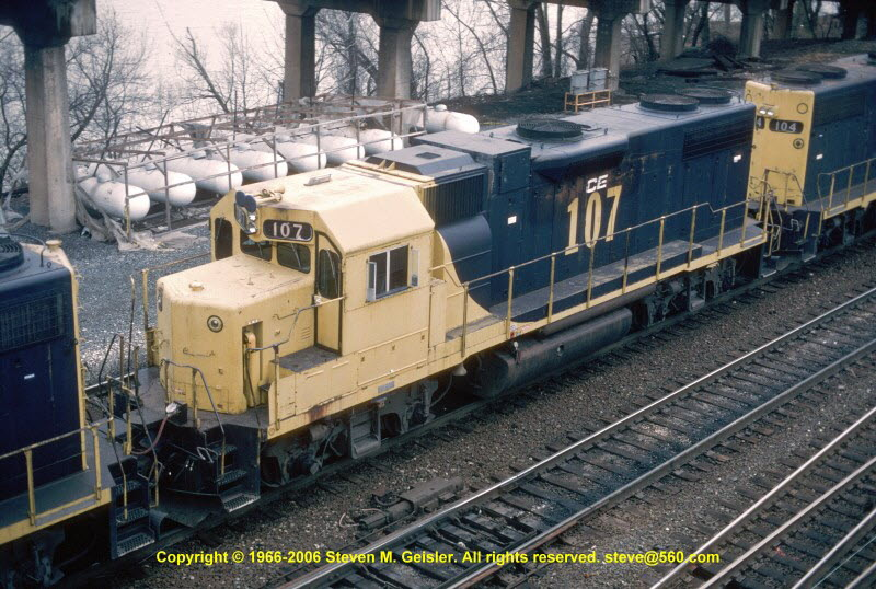CE`107[GP38-2]`^FSO`East Conway,PA`19950414`{94600036}